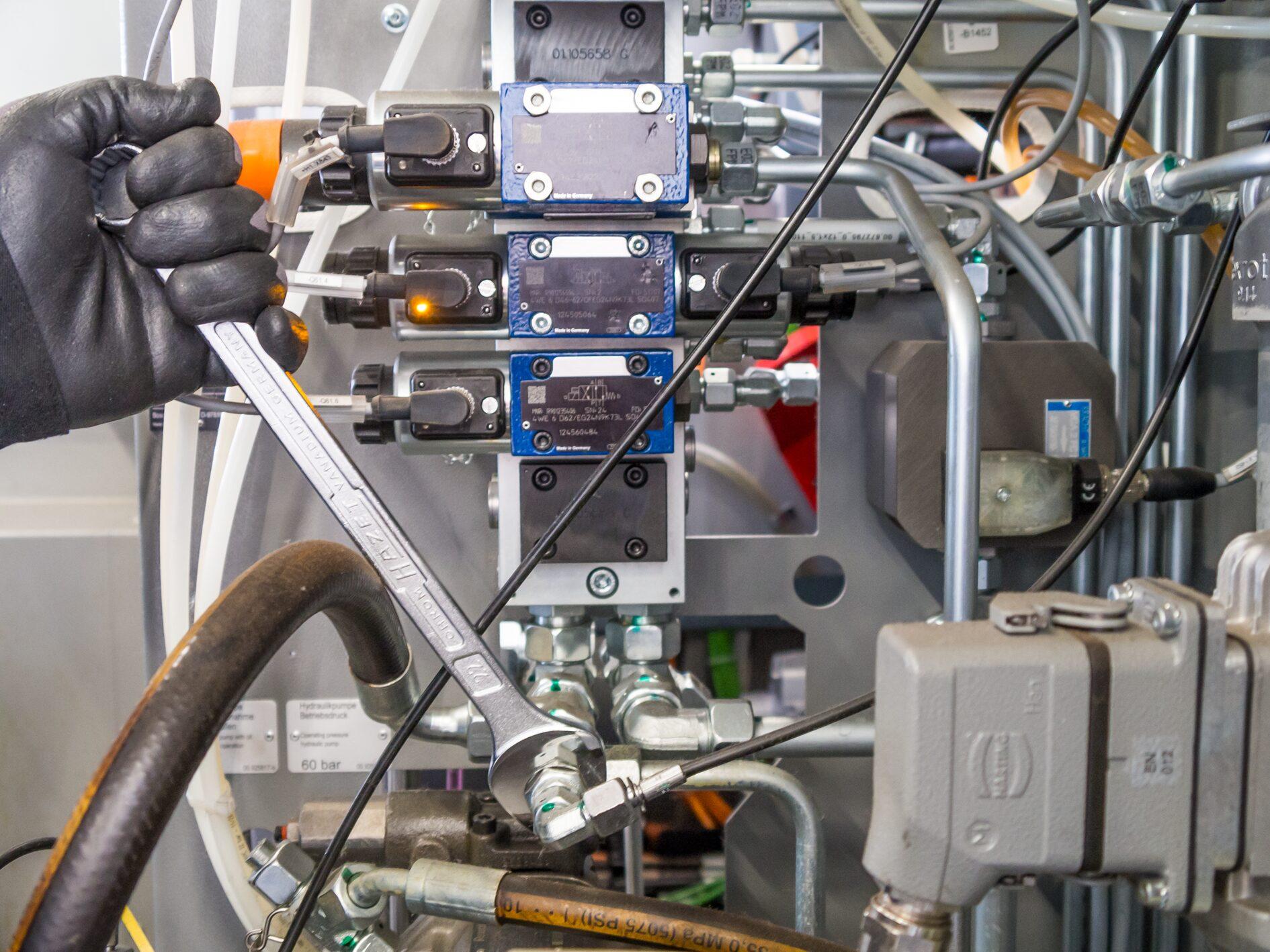 HAZET Ring-Maulschlüssel 600N-36 ∙ Außen-Doppel-Sechskant-Tractionsprofil ∙ 36 mm
