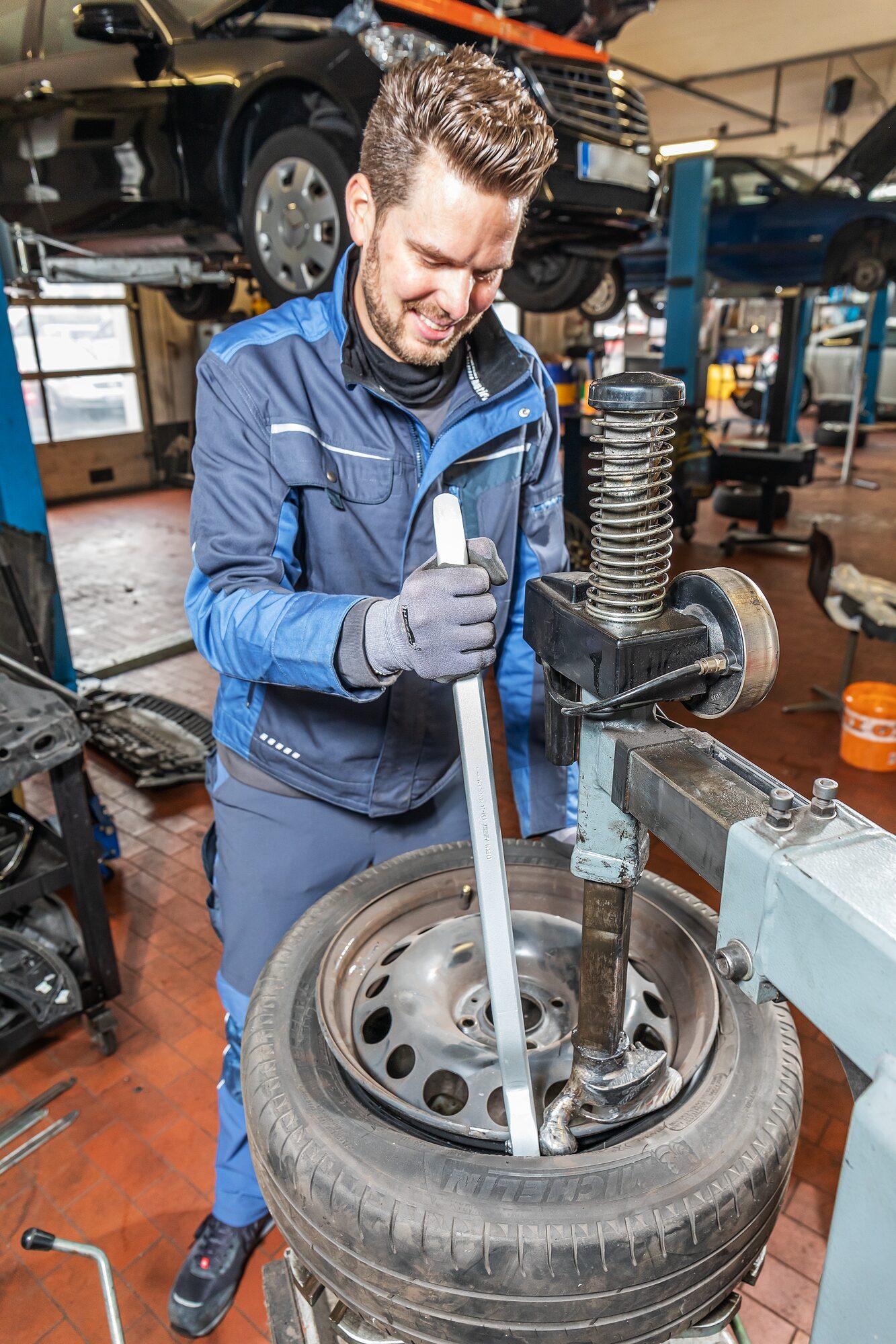 HAZET Reifen- und Montagehebel 652