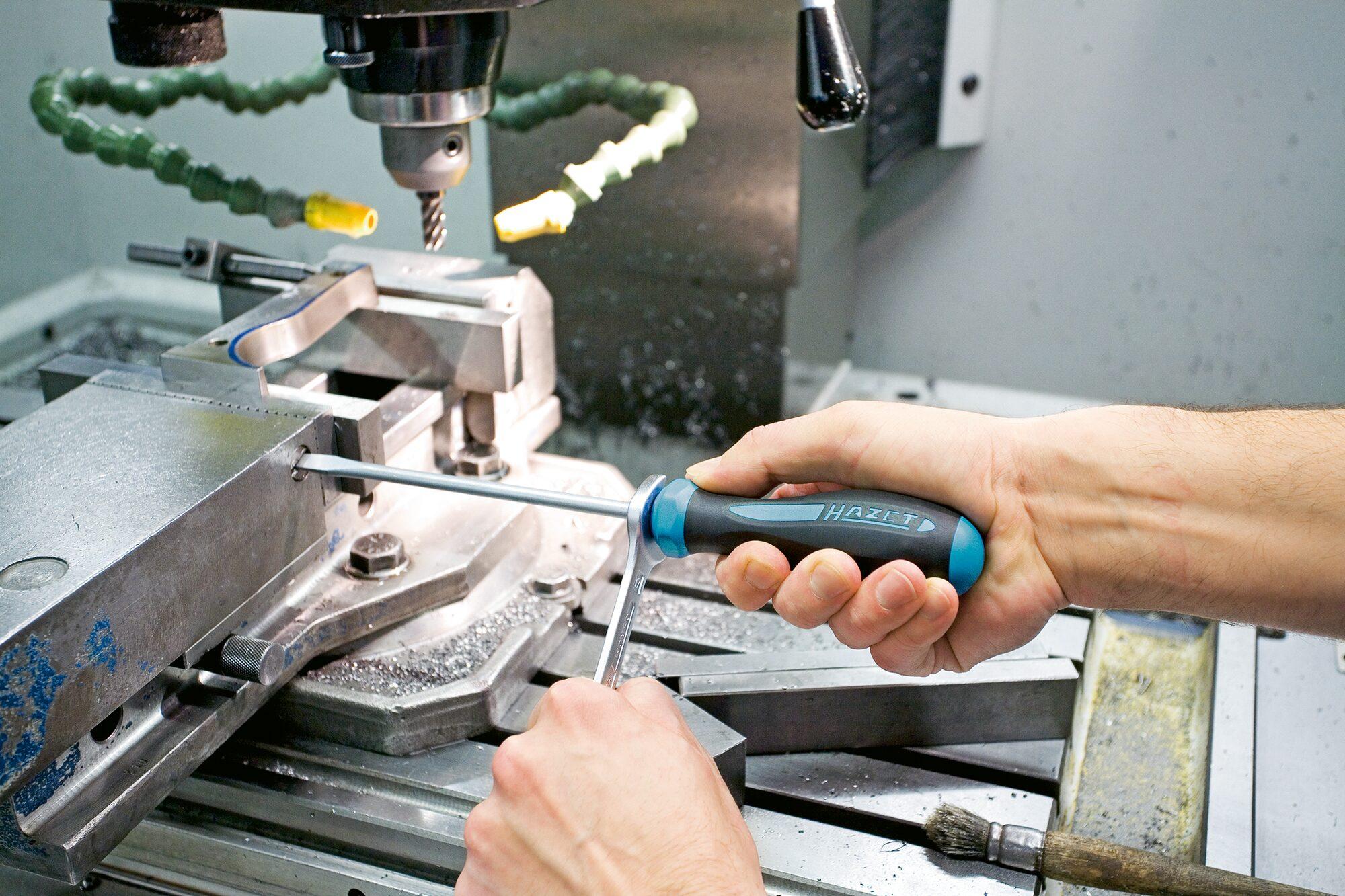 HAZET Schraubendreher HEXAnamic® 802-T10H ∙ Tamper Resistant TORX® Profil ∙ T10H